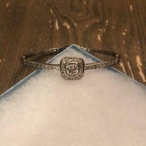 Jewelry - Touchstone crystal bracelet